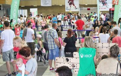 detsky-festival-deti-atrakcie-atrakcia-dieta-nafukovaci-hrad-hry-hra-14-