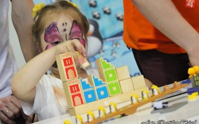 detsky-festival-deti-atrakcie-atrakcia-dieta-nafukovaci-hrad-hry-hra-16-