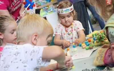 detsky-festival-deti-atrakcie-atrakcia-dieta-nafukovaci-hrad-hry-hra-19-