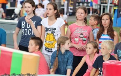 detsky-festival-deti-atrakcie-atrakcia-dieta-nafukovaci-hrad-hry-hra-40-