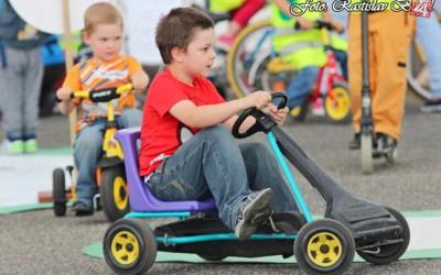 detsky-festival-deti-atrakcie-atrakcia-dieta-nafukovaci-hrad-hry-hra-5-