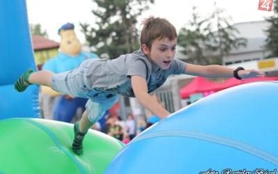 detsky-festival-deti-atrakcie-atrakcia-dieta-nafukovaci-hrad-hry-hra-7-