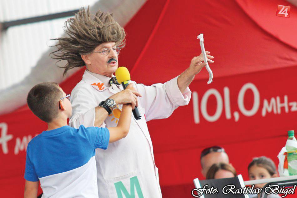 detsky-festival-deti-atrakcie-atrakcia-dieta-nafukovaci-hrad-hry-hra-20-